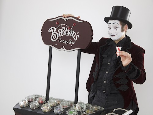 Bastian Pantomime mobile Candy Bar