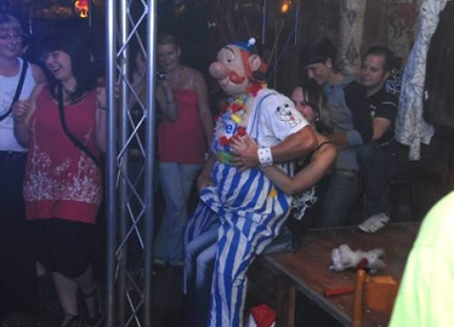 Man-Strip Show mit René