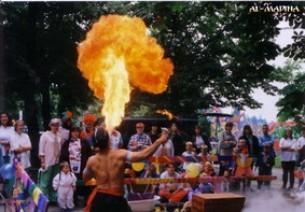 Schlangenshow, Feuershow, Fakirshow - Al Madina