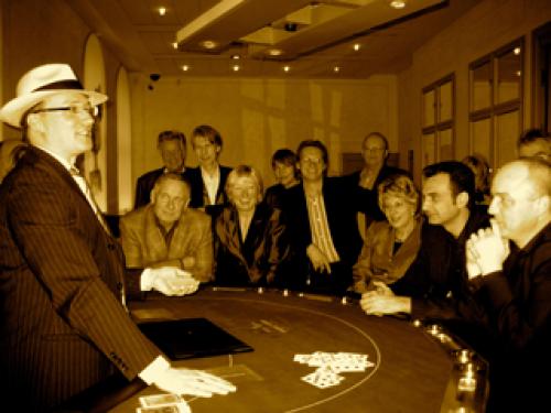 Zauberer & Hütchenspieler